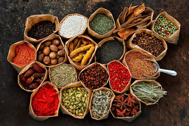 ingredients-101-buying-grinding-tempering-spices.w654